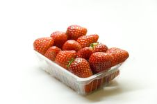 Free Bucket Of Strawberries Stock Images - 950134