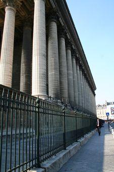 Free Paris La Madeleine Street Royalty Free Stock Photo - 953635