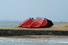 Free Kite-surfer Kite On The Beach Stock Image - 958121