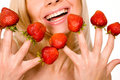 Free Strawberries Picked On Fingertips Royalty Free Stock Photography - 9505267