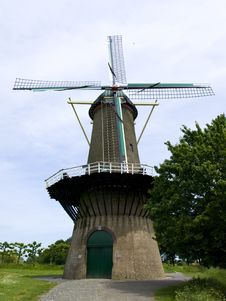 Free Dutch Windmill Royalty Free Stock Photography - 9500457