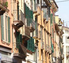Free Facade In Verona, Italy Royalty Free Stock Photos - 9503888