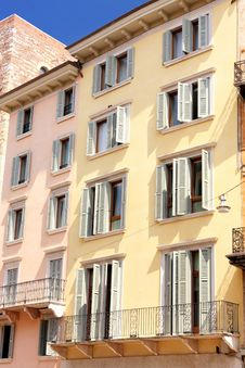 Free Facade In Verona, Italy Stock Photography - 9503982