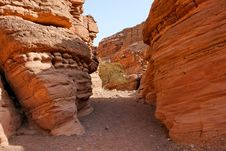 Free Canyon Between Striped Orange Rocks Royalty Free Stock Photos - 9508898
