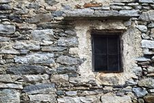 Free Old Italian Window Royalty Free Stock Photo - 9509745