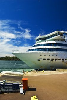 Free Cruise Ship Stock Photo - 9509750