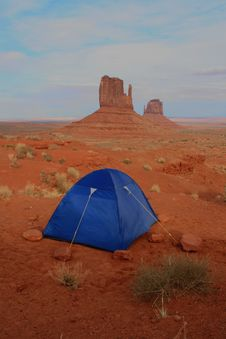 Free UCamping Tent In Monument Valley Royalty Free Stock Photos - 9509888