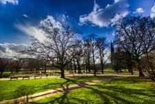 Free Park Benches Royalty Free Stock Photo - 95031925