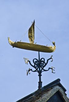 Free Weather Vane Royalty Free Stock Image - 9510316