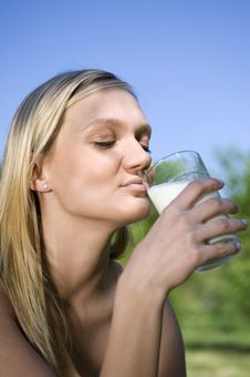 Free Milk Stock Photo - 9514980