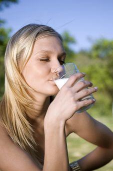 Free Milk Stock Images - 9515044