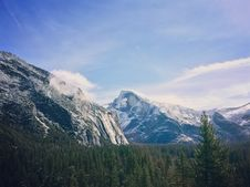 Free Mount Everest During Daytime Royalty Free Stock Photo - 95108845