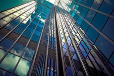 Free Modern Glass Skyscraper Stock Photography - 95165212