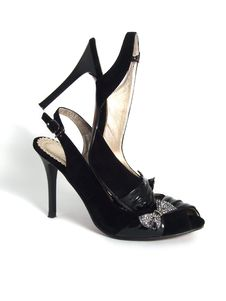 Free Black Women Shoes Royalty Free Stock Photos - 9521558
