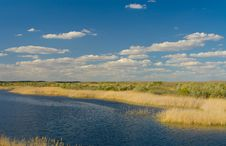Free Lake Royalty Free Stock Images - 9523699