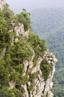Free Rock Cliff Royalty Free Stock Photo - 9524105