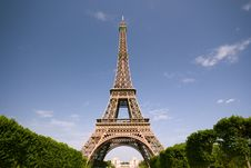 Free Eiffel Tower Against Blue Sky Royalty Free Stock Photo - 9525065