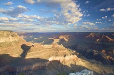 Free A View Over The Grand Canyon At Sunset With Clouds Stock Photography - 9525632