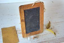 Free Brown Rectangular Wooden Picture Frame Near Light Bulb Stock Photos - 95220823