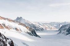 Free Snowy Mountain Range Royalty Free Stock Photo - 95271865