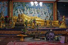 Free Reclining Buddha Stock Images - 9530394