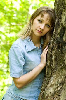 Free Girl And Tree Stock Photos - 9534333