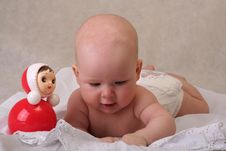 Free Curious Baby Royalty Free Stock Photos - 9537698