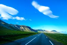 Free Country Road Through Hillside Royalty Free Stock Images - 95317869