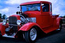 Free Retro Car Royalty Free Stock Photos - 95318028