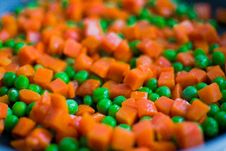 Free Carrots And Peas  Royalty Free Stock Images - 95354969