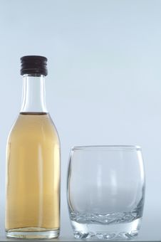 Free Bottle With Glass Stock Images - 9543994