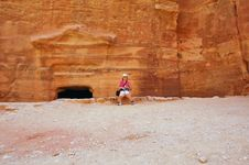 Free Petra, Lost Rock City Of Jordan Royalty Free Stock Photo - 9544495