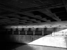 Free Underbridge Royalty Free Stock Image - 9545236