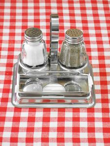 Free Salt And Pepper Royalty Free Stock Images - 9546659