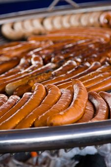 Free Grilled Sausages Royalty Free Stock Images - 9546669
