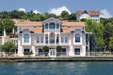 Free Homes Along The Bosporus Turkey Stock Images - 9547604