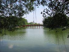 Free Red Bridge Stock Photos - 9547723