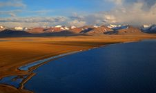 Free Lake Namtso Royalty Free Stock Image - 9547856