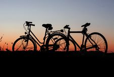 Free Bicycles At Sunset Royalty Free Stock Images - 95409619