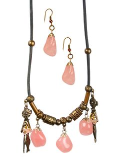 Free Female Ornament With Pink Quartz Royalty Free Stock Photos - 9551308