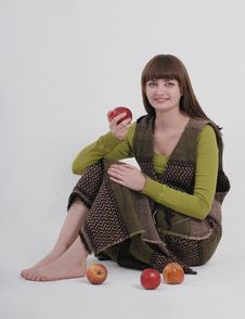 Free Girl With Apples Royalty Free Stock Images - 9554169
