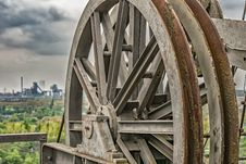 Free Rusty Machinery Wheel Outdoors Royalty Free Stock Image - 95593496