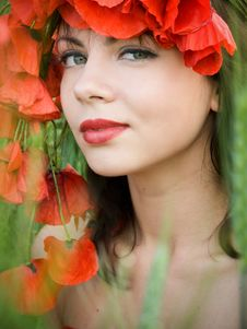 Free Girl With Poppies Stock Images - 9568164