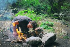 Free Man Making Fire In Countryside Royalty Free Stock Photos - 95697728