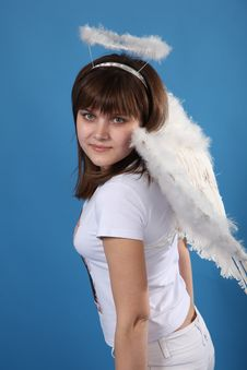 Free The Girl An Angel Royalty Free Stock Image - 9572186
