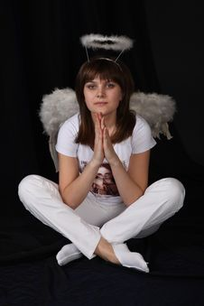 Free The Girl An Angel Royalty Free Stock Images - 9572979