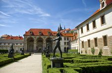 Free Valdstejn Palace In Prague Royalty Free Stock Photography - 9573727