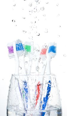 Free Toothbrushes Stock Photography - 9577512