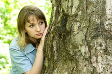 Free Girl And Tree Royalty Free Stock Photography - 9577677