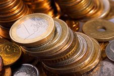Free Golden Piles Of Coins Royalty Free Stock Photos - 9578458